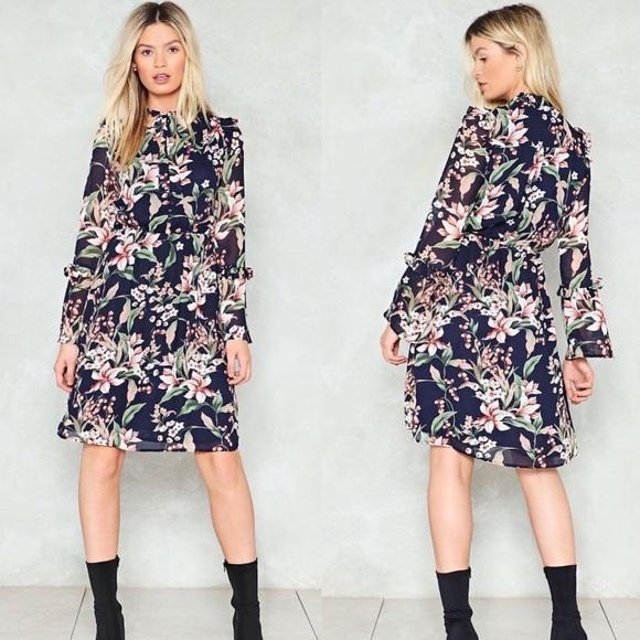 Nasty Gal Dresses & Skirts - Floral Midi Dress